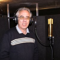 Dieter Toluzzi - Backing Vocals