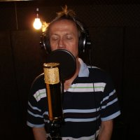 Felix K�ng - Backing Vocals